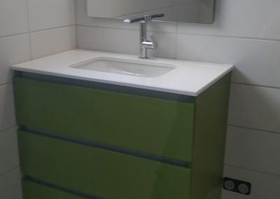 Meuble salle de bain vert vasque quartz